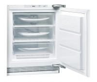 Морозильный шкаф встраиваемый Hotpoint-Ariston BFS 1222.1 белый